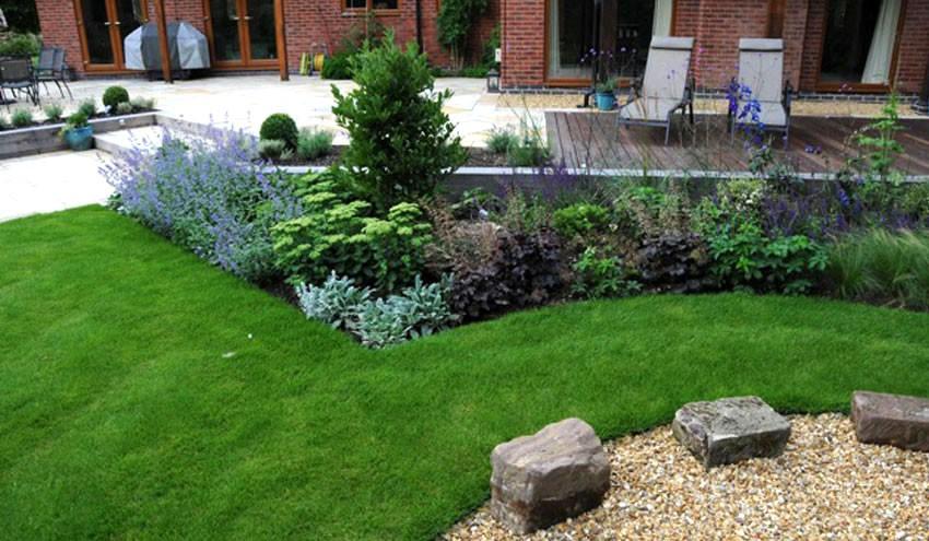 structured-garden-in-derbyshire-with-formal-planting
