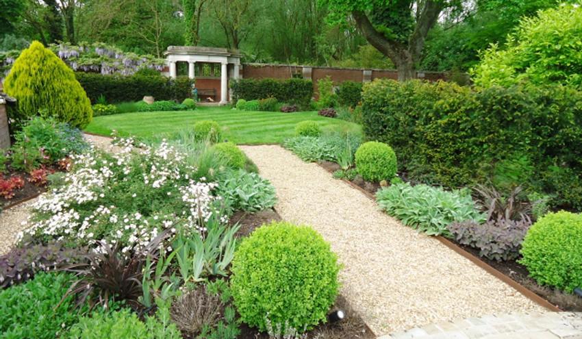 Large-Town-Garden