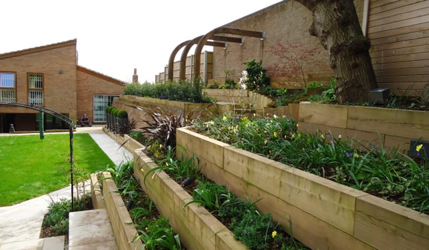 Terraced-Town-Garden4
